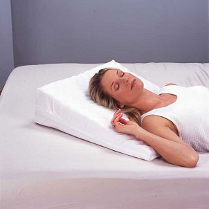 back pain strikes specialized pillows can be a lifesaver these pillows ...