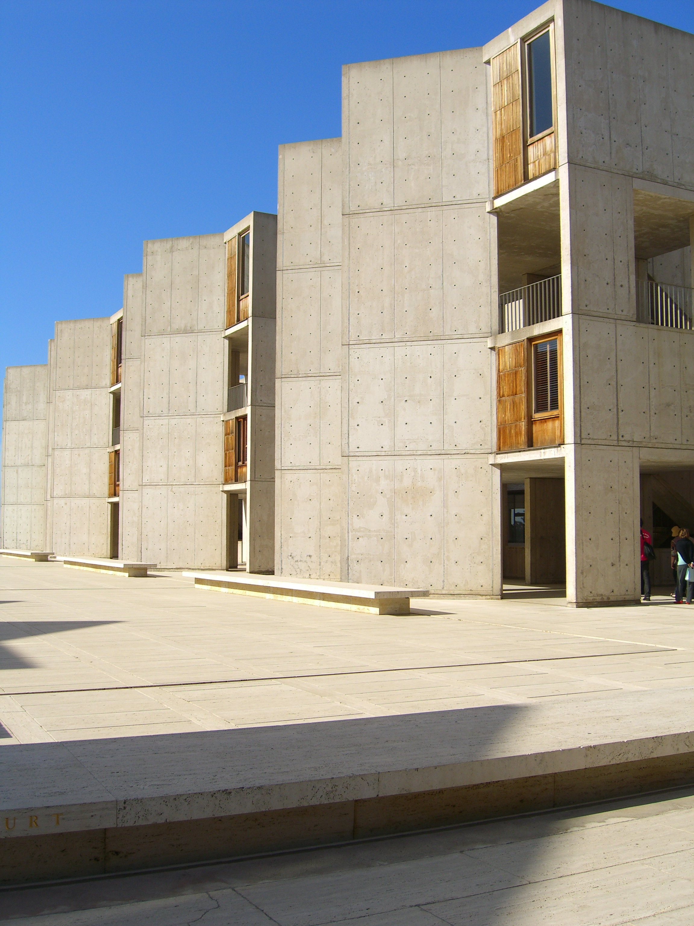 File:Salk Institute (14).jpg - Wikimedia Commons