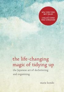 The Life-Changing Magic of Tidying Up: The Japanese Art of Decluttering and Organizing  <small>(Magic cleaning #1)</small> torrent downlaod